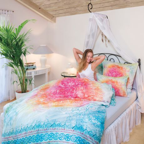 Bettwäsche, pink, bunt, Bio-Baumwolle, Schlafzimmer, Bett, Pflanze, Mandala, Frau, Bed linen, pink, colorful, organic cotton, bedroom, bed, plant, mandala, woman,