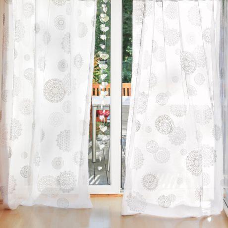 Gardine Rami Druck silber/weiß Stick weiß